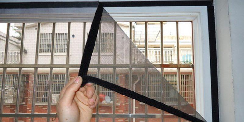 Москитная сетка на липучке на окно. Простая и удобная защита от насекомых