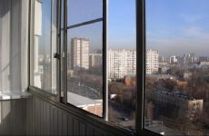 Москитные сетки для раздвижных окон. Виды, особенности и достоинства
